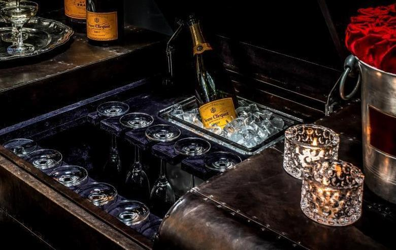 Experience the New Champagne by Veuve Clicquot